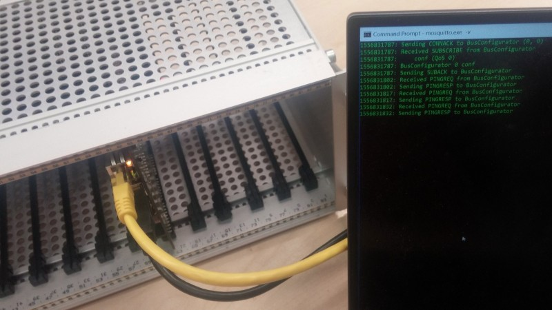 FBus: DAQ basado en FPGA extensible y fácilmente personalizable