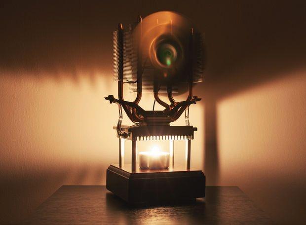 El ventilador eléctrico de vela lo refresca con un generador termoeléctrico